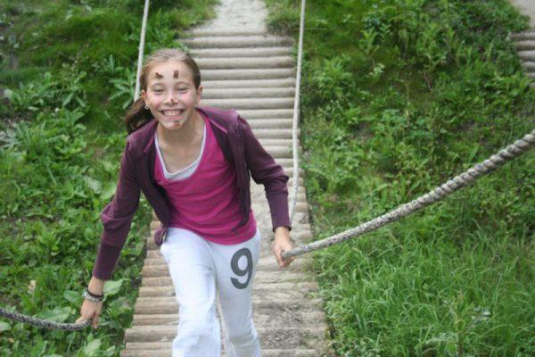 meisje op survival in Almere