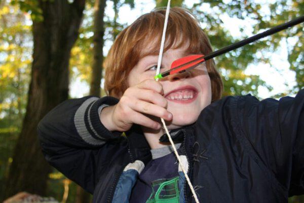 Actief-kinderfeestje-boogschieten-herfst