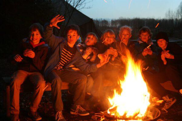Herfst-kinderfeestje-Almere-kampvuur