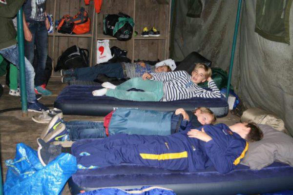 slaapzaal tijdens kamp Almere