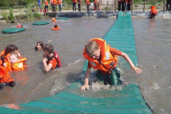 kinderen op zomerkamp in Almere