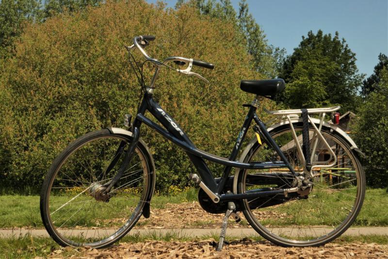 Fietsverhuur-Almere-damesfiets