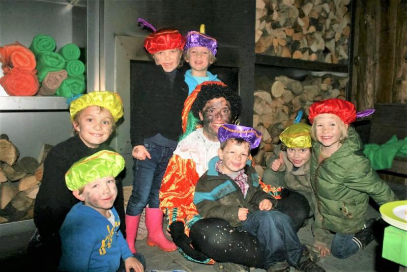 Sinterklaas kinderfeestje, uitje met Pietentraining voor jonge kinderen